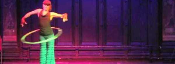 Hula Hoop Dance Video: Hoopalicious gets her funk on in Bristol, UK!