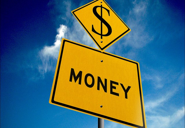 save money on road trip