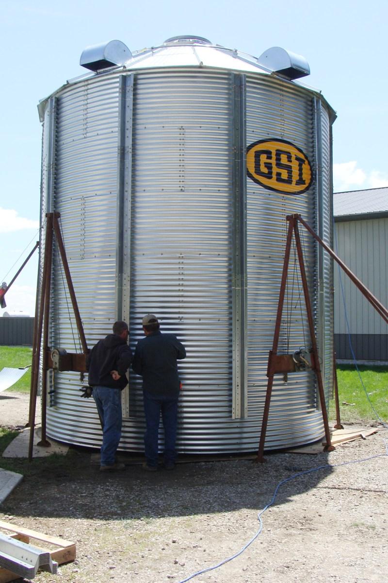 Grain bin build