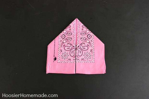 How to Fold a Bunny Napkin :: Instructions on HoosierHomemade.com
