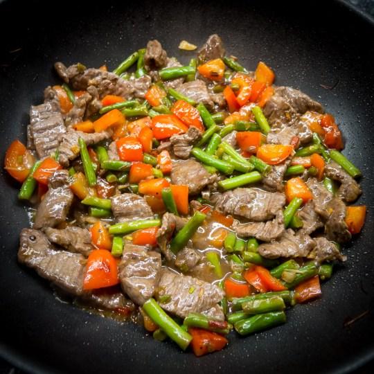 HelloFresh Vietnamese Steak and Lemongrass Stir-Fry