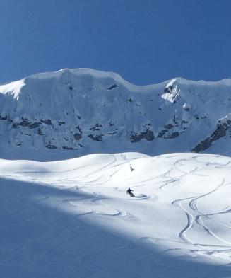 Bowen following skiers right
