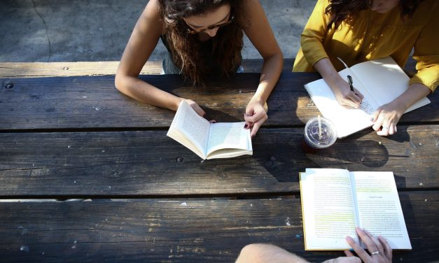 5 Money Books Every Teen Should Read