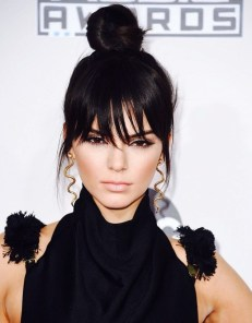 5-celeb-inspired-ways-to-style-a-topknot-this-fall-1575950-1448683431.640x0c
