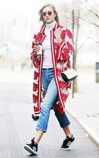 celebrity-style-tips-8-outfits-youll-want-to-wear-over-and-over-1639768-1454096987.640x0c