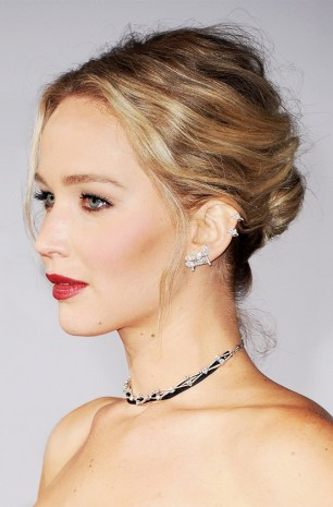 jennifer-lawrence-2088128-1487374698.640x0c