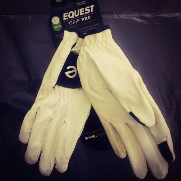 My amazing new eGloves for competitions!