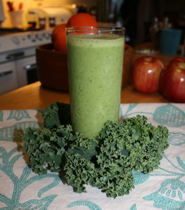 Winter Kale & Parsley Smoothie