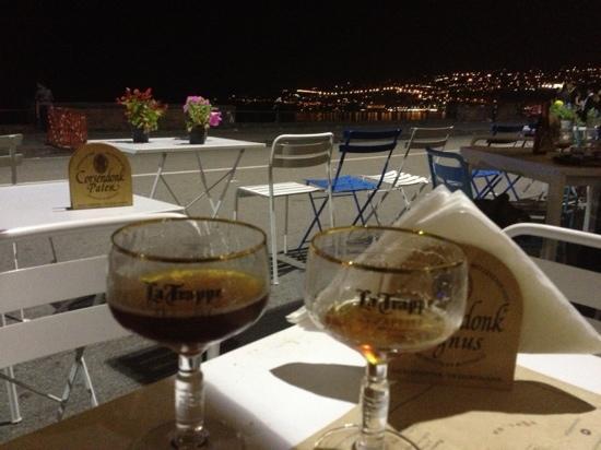 The Penny Black Waterfront - Bere una birra artigianale sul lungomare di Napoli non ha prezzo. Appello