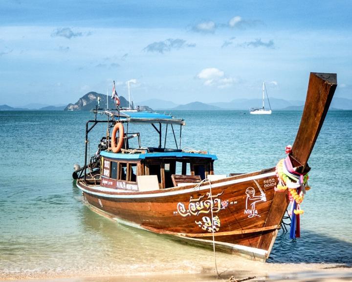Discover the best Islands near Krabi, Thailand here!