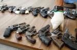 Deputados do PSB apresentam projeto para suspender decreto da posse de armas
