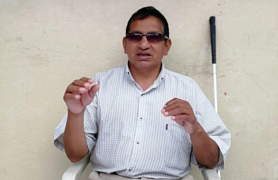 Juan Angamarca exhorta al presidente Moreno a comprender a esta clase, en razón que él también tiene una discapacidad.
