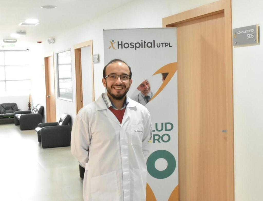 Carlos Ruilova Freire, endocrinólogo del Hospital de la UTPL.