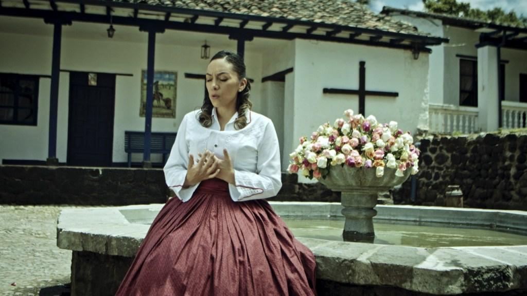 Pao Torres es una cantante y compositora quiteña de música cristiana.