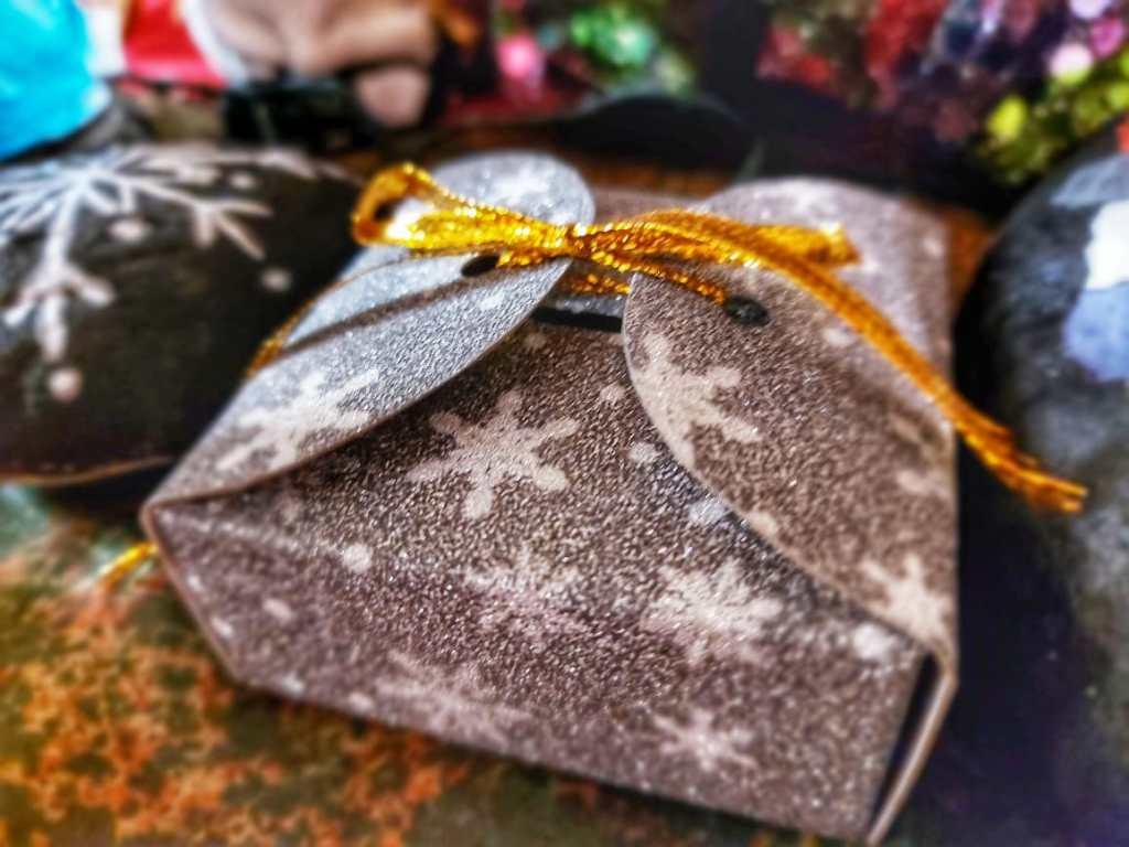 Los regalos fueron entregados por la comunidad.