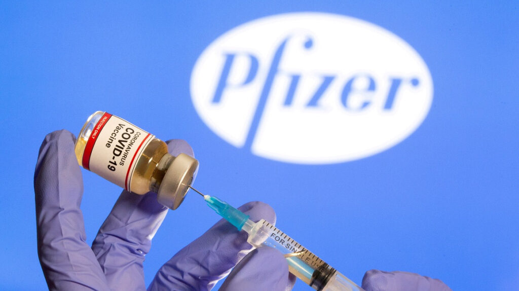 La vacuna de Pfizer y BioNTech ya está aprobada por la Arcsa.
