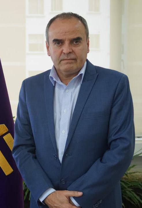 Alex Padilla Torres, mostró el resultado de la última prueba y continuó su administración.