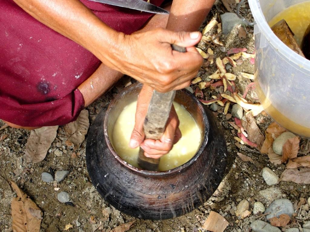No se puede dejar de probar la chicha de jora, alimento tradicional de la zona.