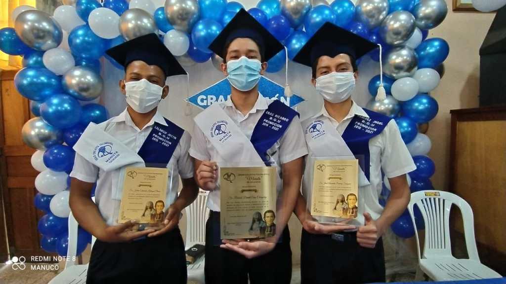 Los graduados pertenecen al Bachillerato General Unificado.