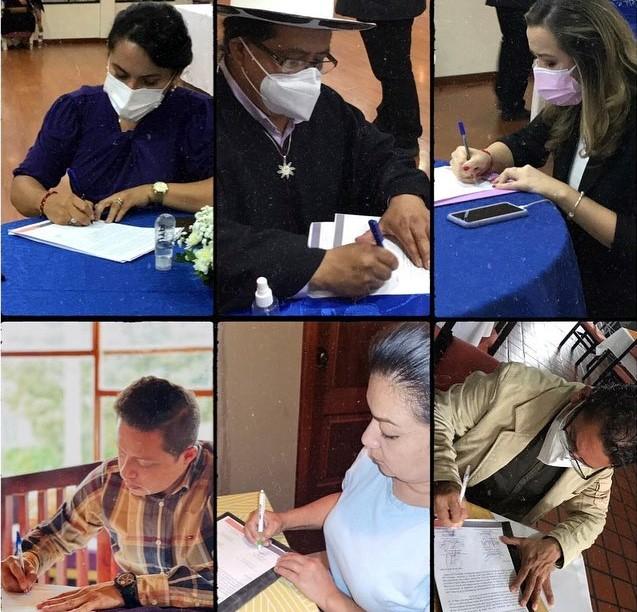 Los cuatro representantes de Loja y los dos de Zamora Chinchipe firmaron el pronunciamiento.