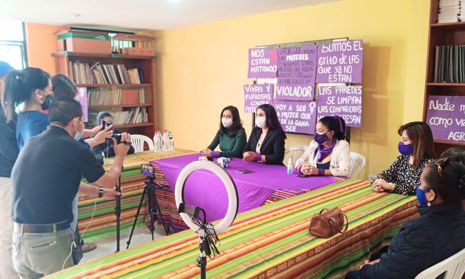 La organización 'Acción Feminista por la Paz', de Loja, apoya a la supuesta víctima. (fotografía de archivo)