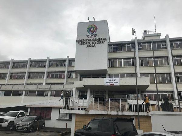 El hospital Isidro Ayora es uno de los centros de salud dónde atienden a pacientes Covid-19.