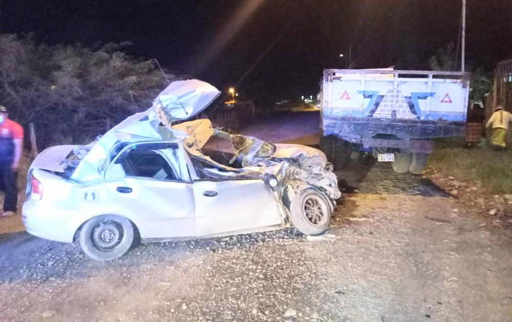El automóvil fue retenido por los policías que acudirían a la emergencia.