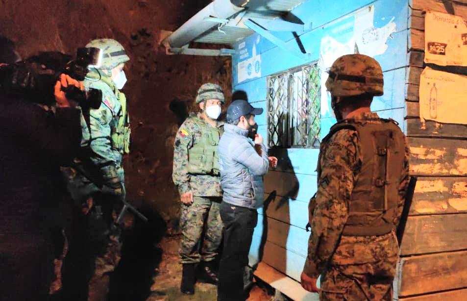 En los operativos que ejecuta la Policía, el Ejército y los agentes civiles se detuvo a esos ciudadanos.