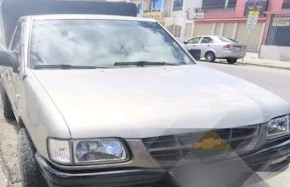 El carro ingresó a los patios de retención vehicular de la Policía Judicial.