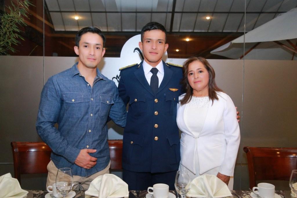 Leonardo Aguilar, Luis Aguilar y María Ayala.