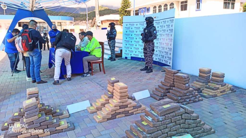El alcaloide fue confiscado en el sector Catamahillo, del cantón Zapotillo.