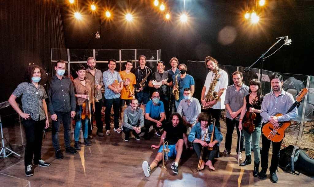 Anqa Big band está integrada por más de 20 músicos.