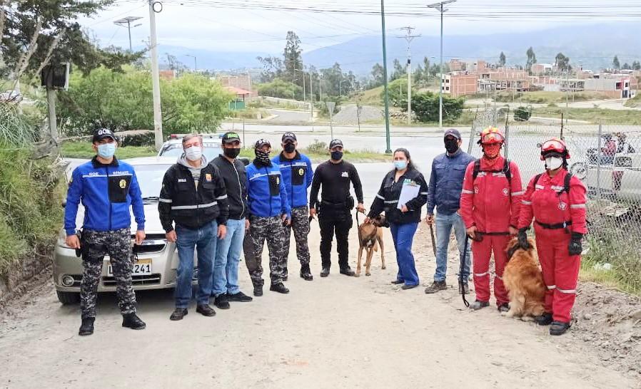 Los policías del GOE integraron uno de los grupos de búsqueda.