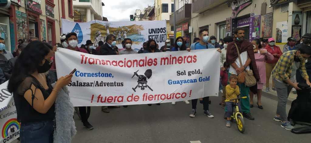 En Loja, diversos sectores defensores de la naturaleza han realizado plantones y marchas en contra de la extracción minera que se pretendería dar en Fierro Urco. (Foto archivo)