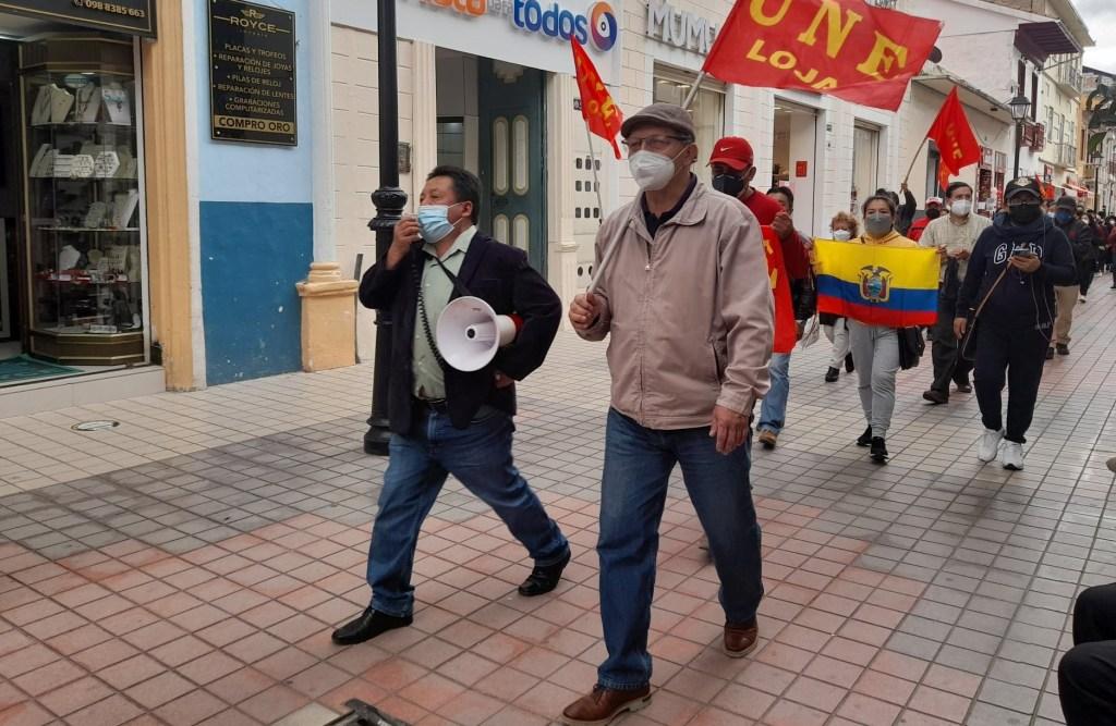 El último jueves, 29 de julio de 2021, los maestros marcharon en Loja en defensa de la LOEI.
