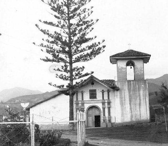 La iglesia de El Valle, según los archivos históricos, data de la época colonial.
