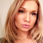 Quien es Zoie Burgher Wiki, Biografía, Años, Carrera ? Tiene tiktok, youtube, instagram?