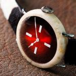 Moser lanza el Swiss Mad Watch, hecho de ¡auténtico queso suizo!