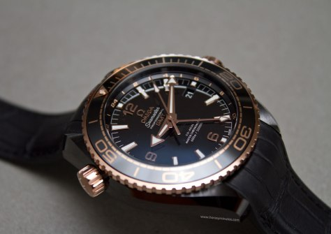 Omega-Seamaster-Planet-Ocean-Deep-Black-15-Horasyminutos