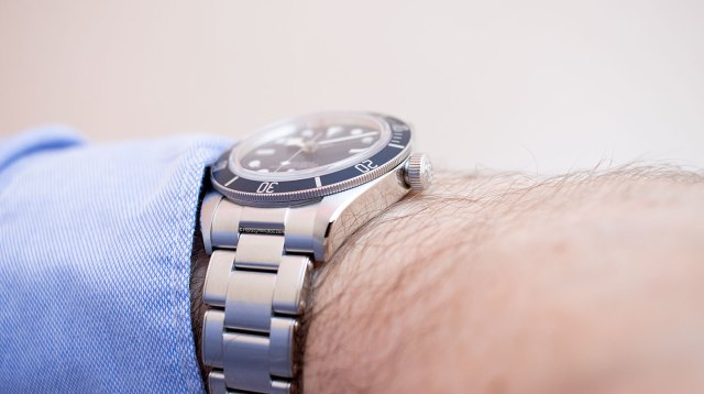 "Perfil con brazalete del Tudor Black Bay Fifty-Eight ""Navy Blue"""