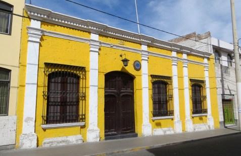 Yellow_Building.JPG