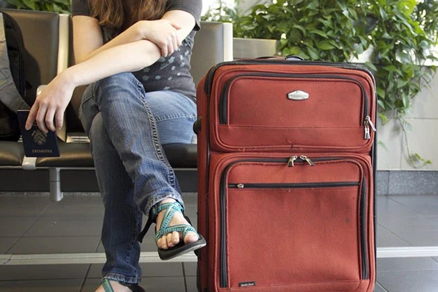Seperating the traveller and luggage early on can significantly reduce waiting times during travel.