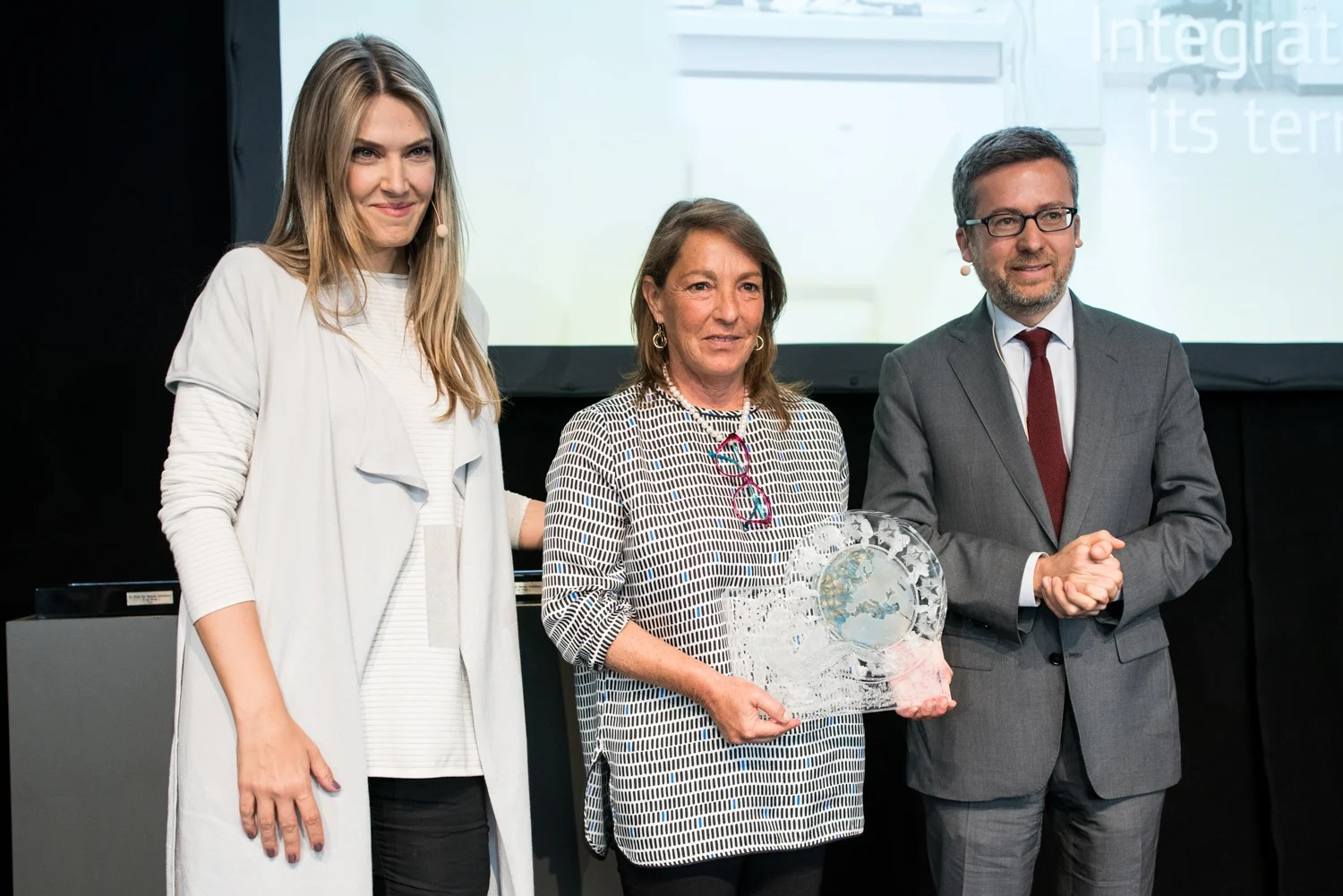First prize was awarded to Dr Gabriella Colucci, whose companies identify active plant-based molecules for the cosmetics industry.