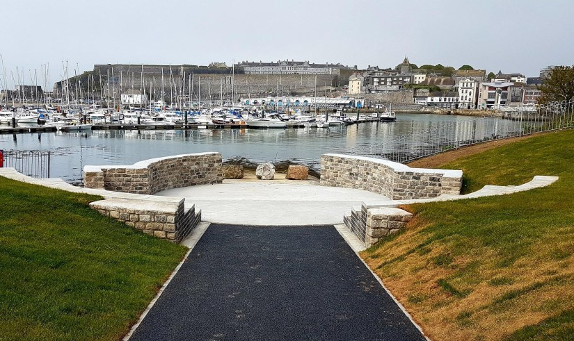 A new coastal amphitheatre in Plymouth, UK, will allow school children to spend more time by the water. Image credit — BlueHealth