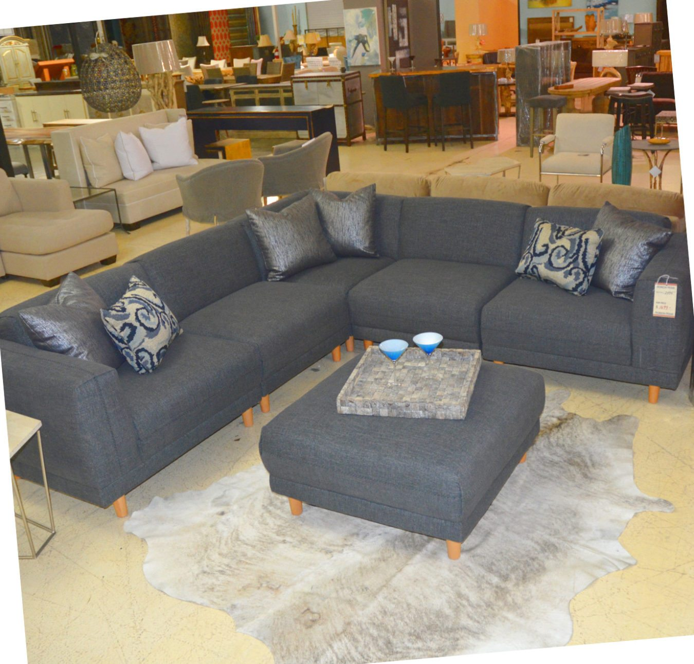 aarti modern five piece grey sectional and ottoman