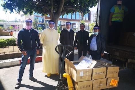 ودادية قضاة الدار البيضاء توزع 5000 قناع واقي على العاملين بالمحاكم