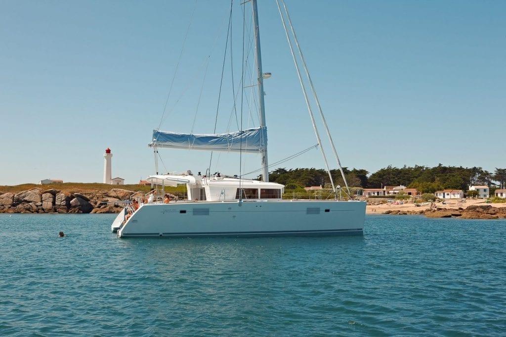 Experience The Lagoon 450 Flybridge Horizon Yacht Charters