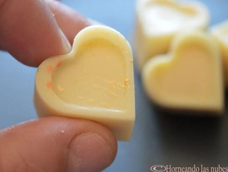 Bombones helados de frambuesa amarilla