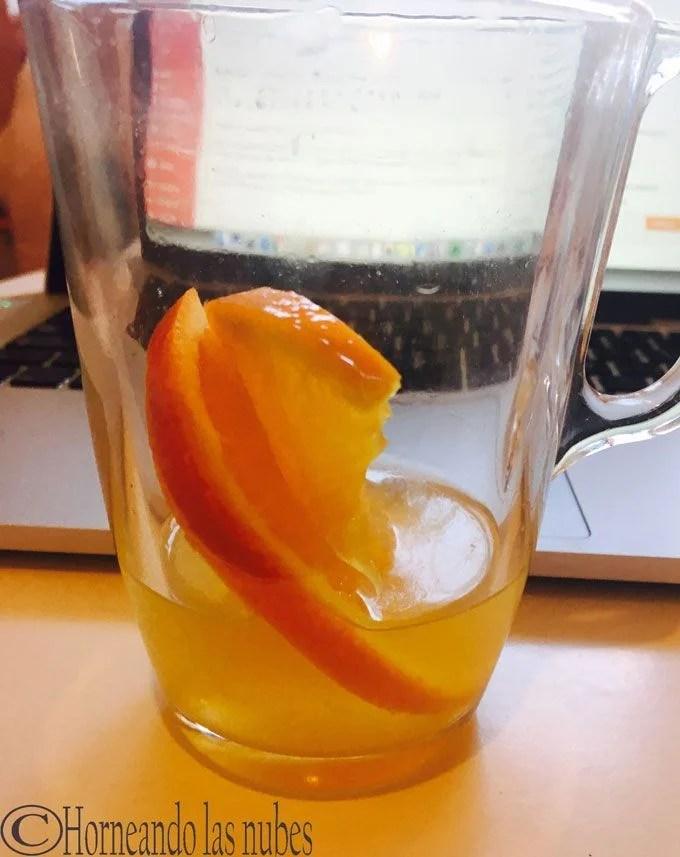 Jengibre con naranja para el mareo.