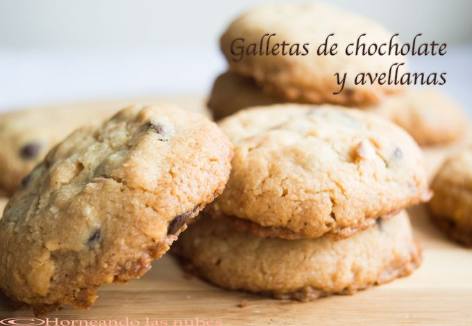 Galletas de chocolate y avellanas